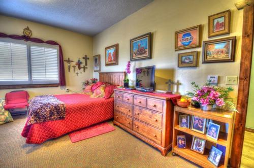 Albuquerque Four Hills Bedroom