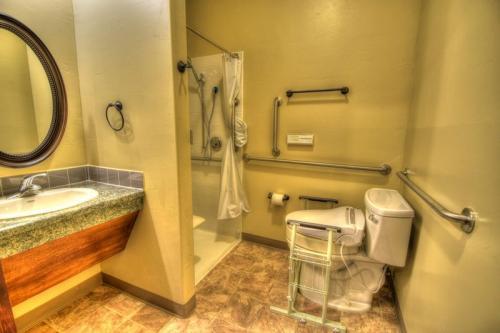 Albuquerque Four Hills Bathroom