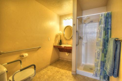 Rio Ranch Enchanted Hills Bathroom